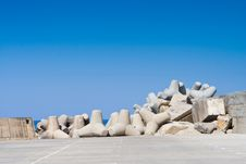 Free Groyne At A Port Stock Images - 5739964