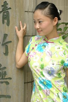 Free Chinese Girl With Chinese Signs Royalty Free Stock Photo - 5742755