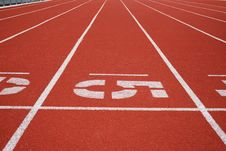 Free Running Tracks Royalty Free Stock Image - 5743346