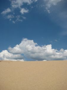 Free Desert With Clouds Stock Photos - 5744003