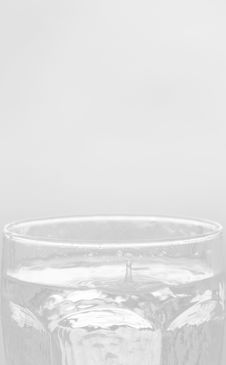 Free Glass Of Water Background Royalty Free Stock Photos - 5744138