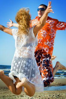 Free Love Jump. Royalty Free Stock Photos - 5745308