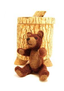 Free Teddy Bear And Honey Jar Stock Photo - 5746380
