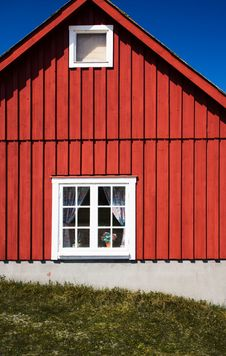 Free Red Cottage Royalty Free Stock Photography - 5750757
