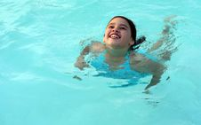 Free Smiling Girl In Swimming Pool Royalty Free Stock Photos - 5753138