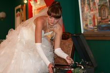 Free The Bride And A Record Player Stock Photo - 5753950