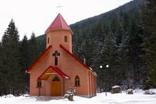 Free Forested Chapel Stock Photography - 5754892