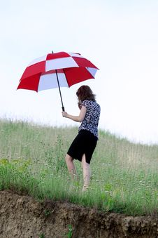 Free Umbrella Girl Royalty Free Stock Photos - 5755118