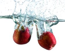 Free Apple In Water Stock Image - 5756721