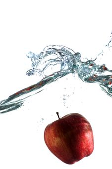 Free Apple In Water Royalty Free Stock Image - 5756726