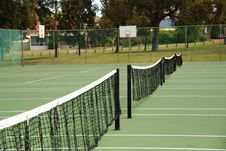 Free Tennis Net In Open Air Court Stock Photography - 5758592