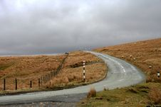 Free Road Over Pennines Royalty Free Stock Photography - 5762377
