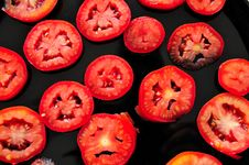 Free Sliced Tomatoes Royalty Free Stock Image - 5762686