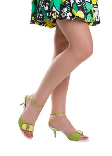 Free Beautiful Female Legs Stock Photography - 5765892