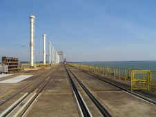Free Rails And Cooling Towers Royalty Free Stock Photography - 5768387