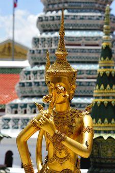 Free Thailand Bangkok Wat Phra Kaew Royalty Free Stock Photos - 5768468