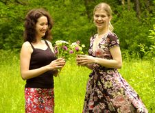 Free Ladys With Flowers Stock Photo - 5768510