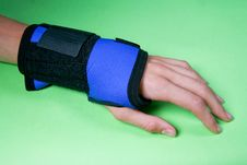 Free Wounded Wrist Royalty Free Stock Photography - 5769837