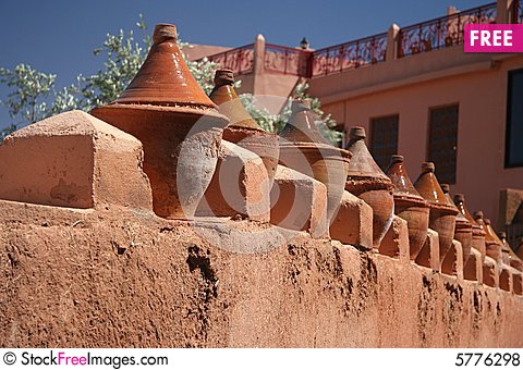 Free Tagines - Moroccan Pots Royalty Free Stock Photos - 5776298