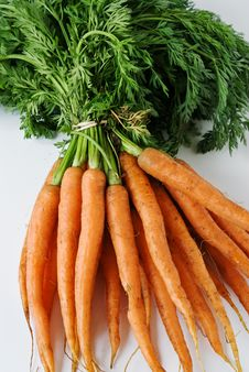 Free A Bunch Of Carrots From The Garden Royalty Free Stock Photos - 5771698