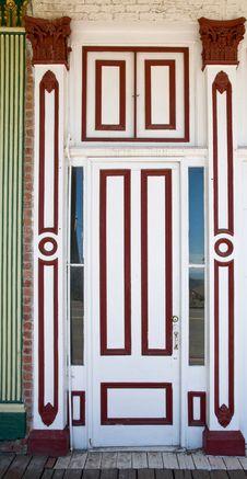 Free Crafty Vintage Wooden Door Stock Photography - 5772742