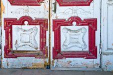 Free Crafty Vintage Wooden Door Stock Images - 5772774