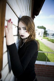 Free Beautiful Gothic Girl Royalty Free Stock Images - 5773539