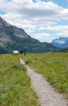 Free Mountains And Meadows Stock Photo - 5774510