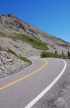 Free Mountain Road Royalty Free Stock Images - 5774809