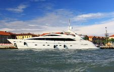 Free A Luxury Yacht Royalty Free Stock Photography - 5775067