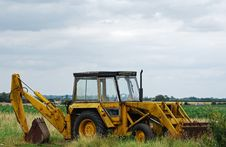 Free Farm Machinery Royalty Free Stock Images - 5775469