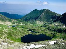 Free Carpathian Mountain Lake Royalty Free Stock Images - 5780949