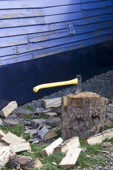 Free Chopping Wood Stock Image - 5782421
