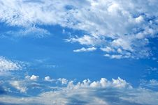 Free Cloud Filled Sky Royalty Free Stock Photos - 5789218