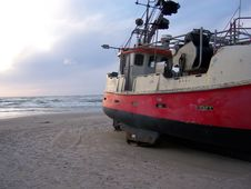 Free Fisherboat On A Beach Stock Photo - 5789640