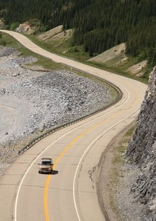 Free Canadian Mountain Road Royalty Free Stock Images - 5790329