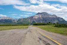 Free Highway And Mountains Stock Photo - 5791170