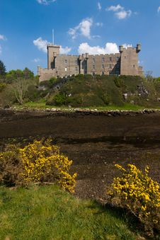 Free Dunvegan Castle Royalty Free Stock Photos - 5794248