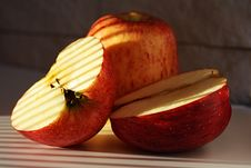 Free Two Apples Stock Images - 5795114