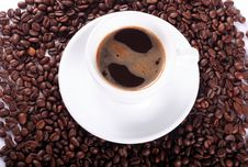 Free White Cup And Coffee Beans Stock Photography - 5796492