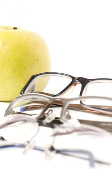 Free Spectacles With Apple Stock Photos - 5796623