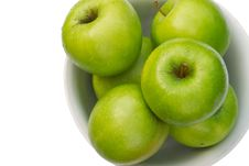 Free Close-up Of Granny Smith Apple In White Bowl Royalty Free Stock Photo - 5797285