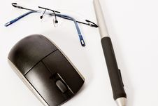 Free Mouse, Pen And Spectacle Royalty Free Stock Images - 5798389