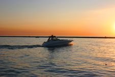 Free Motorboat 2 Stock Photography - 580362