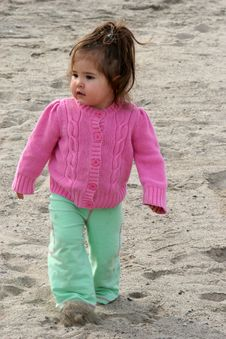 Free Baby Beach Walker Royalty Free Stock Image - 582946