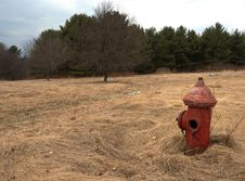 Free Vintage Fire Hydrant In Field Stock Images - 583314
