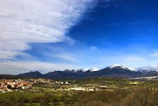 Free Mountains, Village And A Blue Sky Stock Photography - 585942