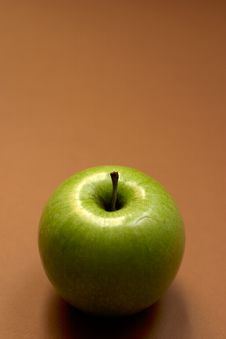 Free Green Apple - Copyspace Stock Photo - 588330