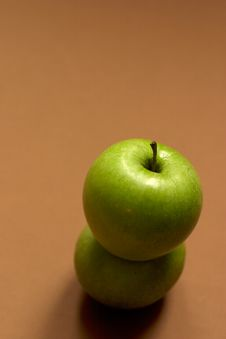 Free Green Apple - Copyspace Stock Images - 588334