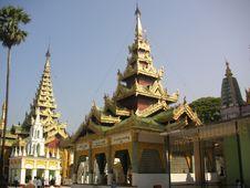Free Shwedagon Pagoda Stock Photography - 589372